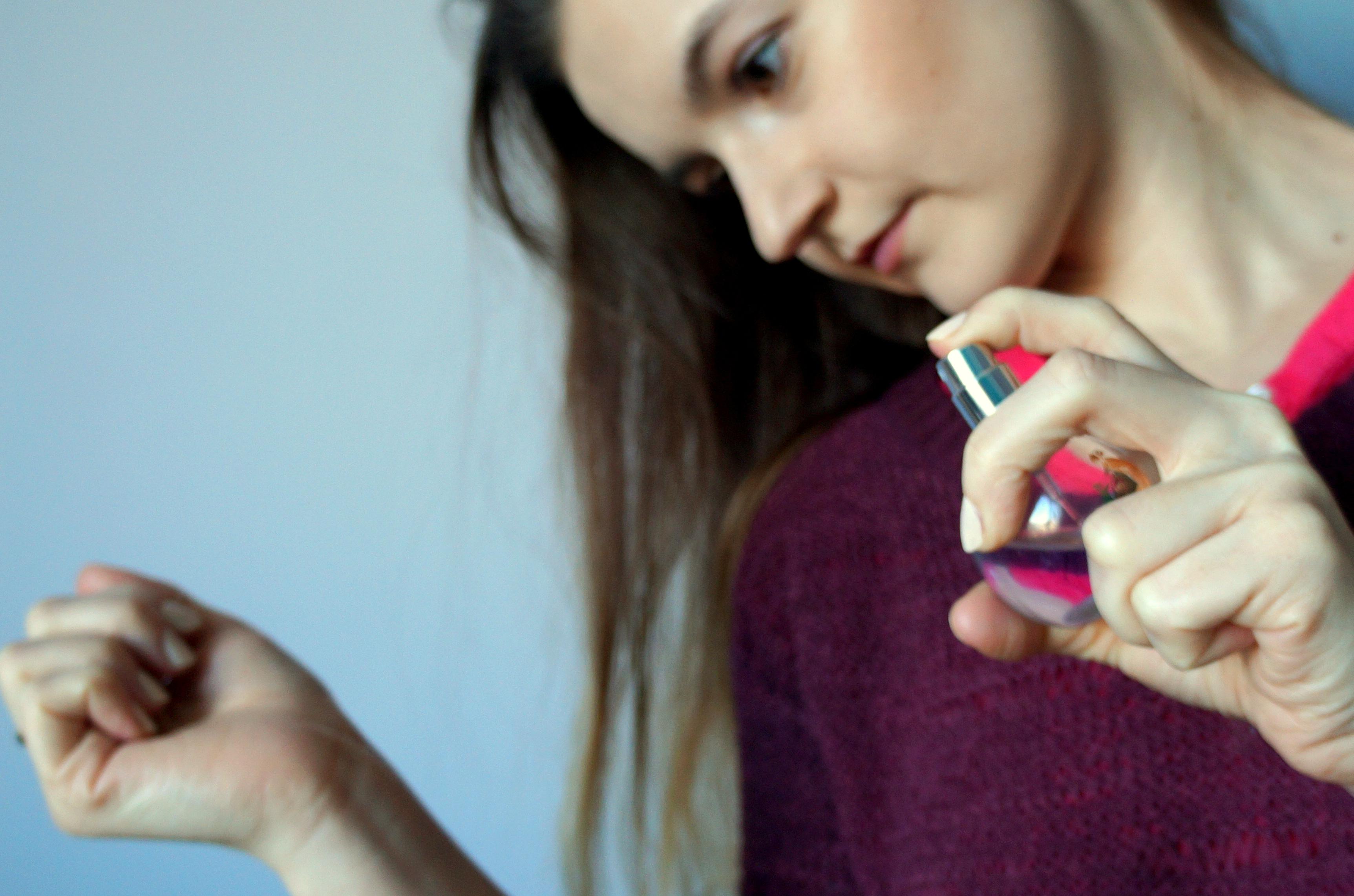 jak testować perfumy