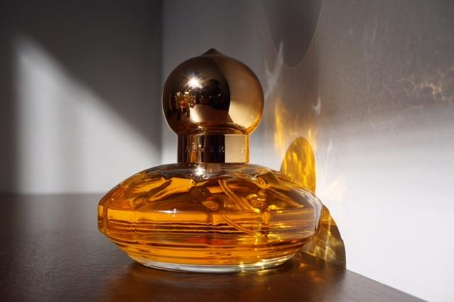 kolekcja perfum Asi F. 24