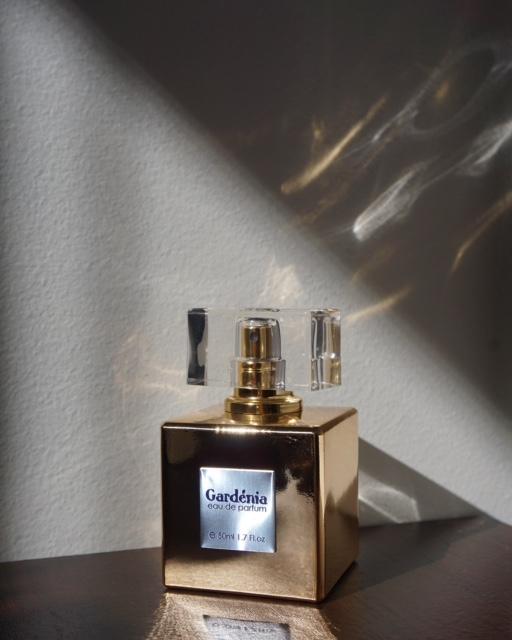 kolekcja perfum Asi F. 27