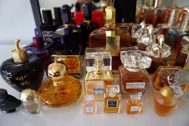 kolekcja perfum Asi F. 29