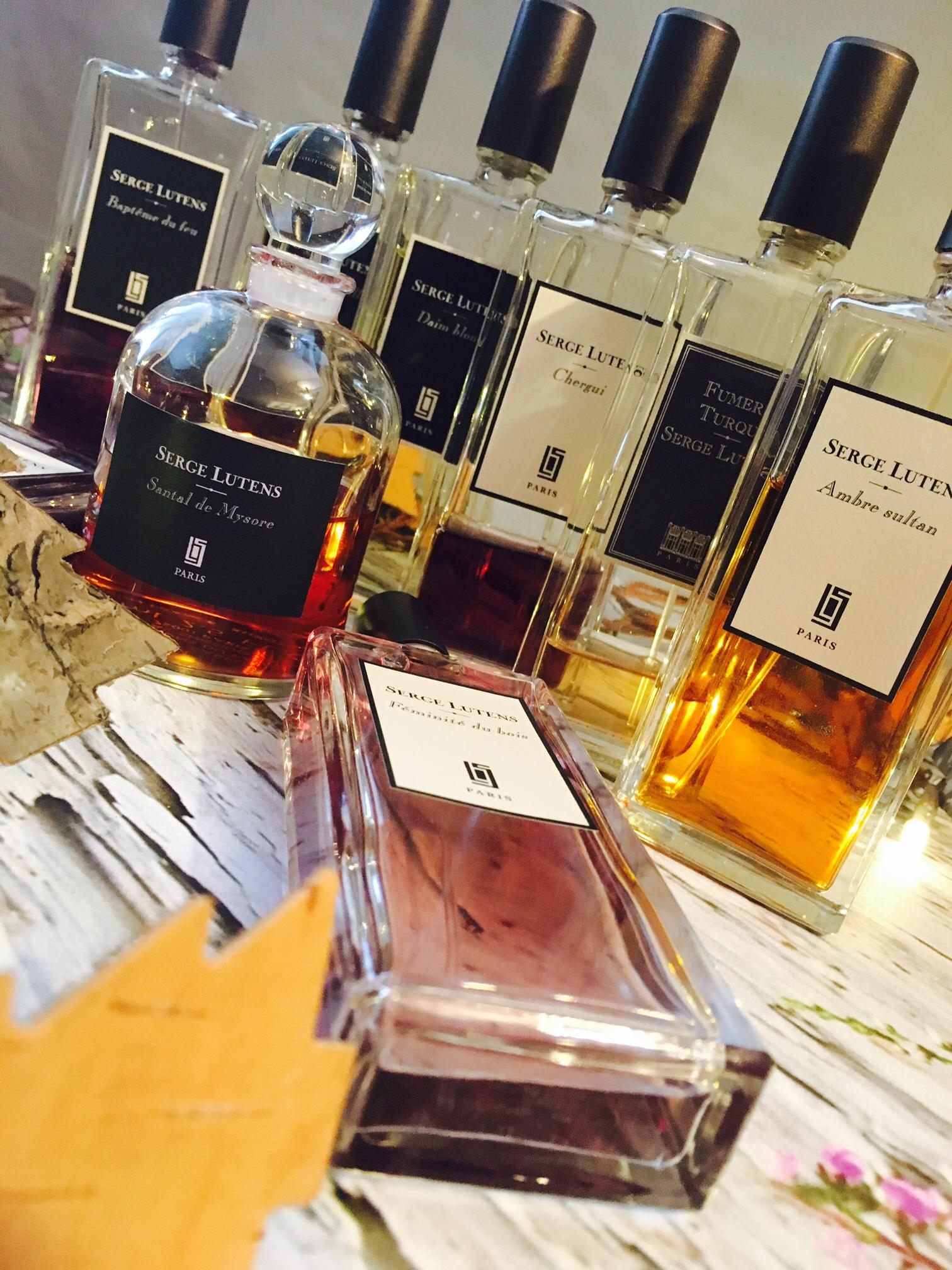 kolekcja-perfum-karoliny-03