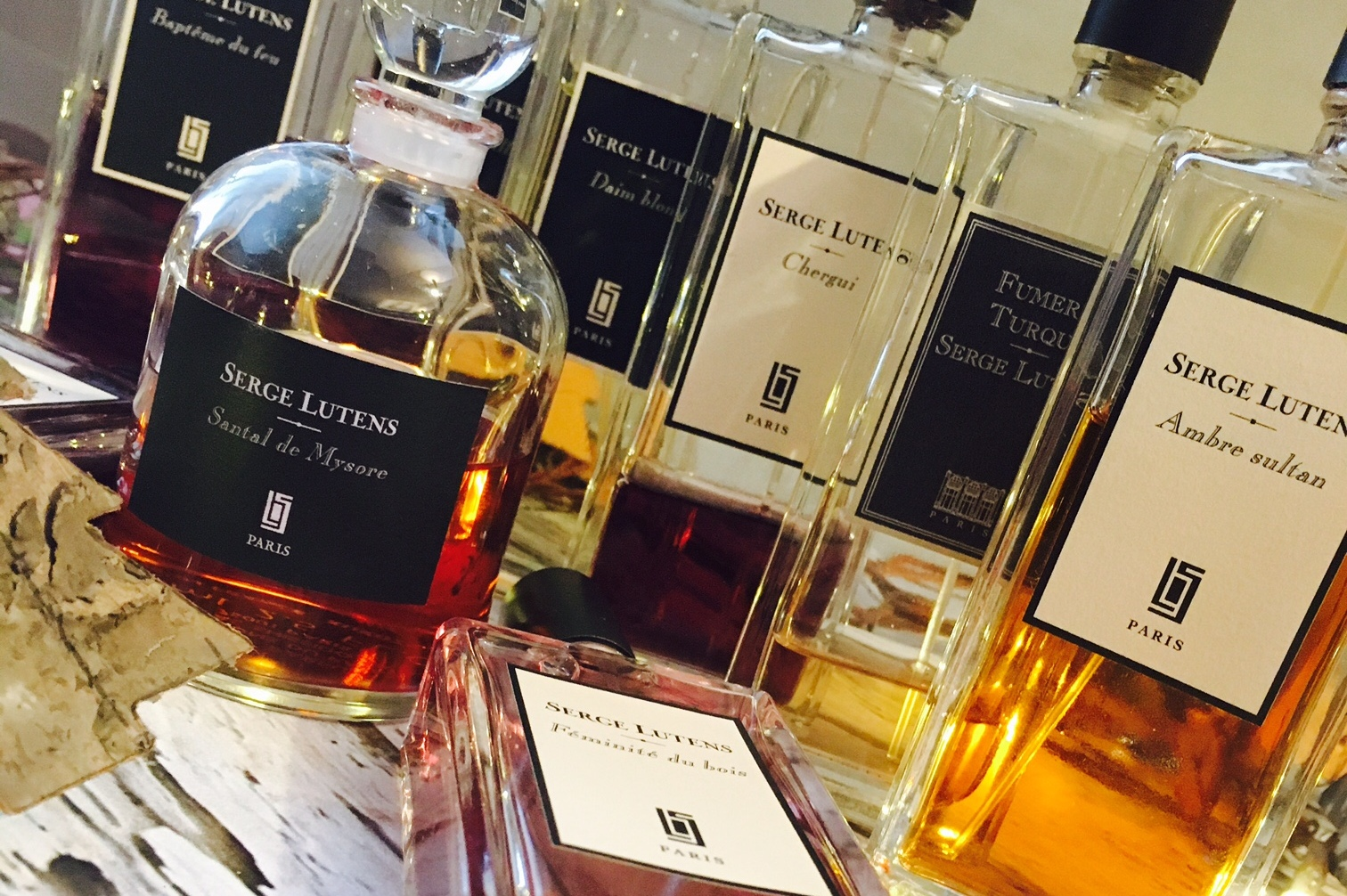 kolekcja-perfum-karoliny-front
