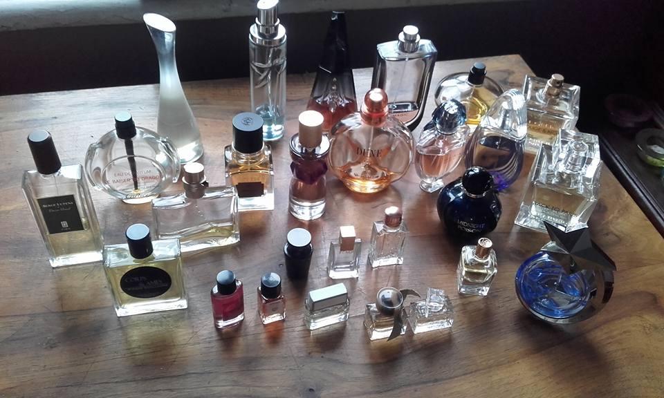 kolekcja perfum perfumy
